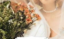 花朵简约浪漫唯美大气婚礼邀请函缩略图